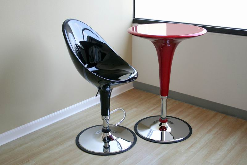 Giovannoni Style Bar Stools Relax Socialize And Enjoy