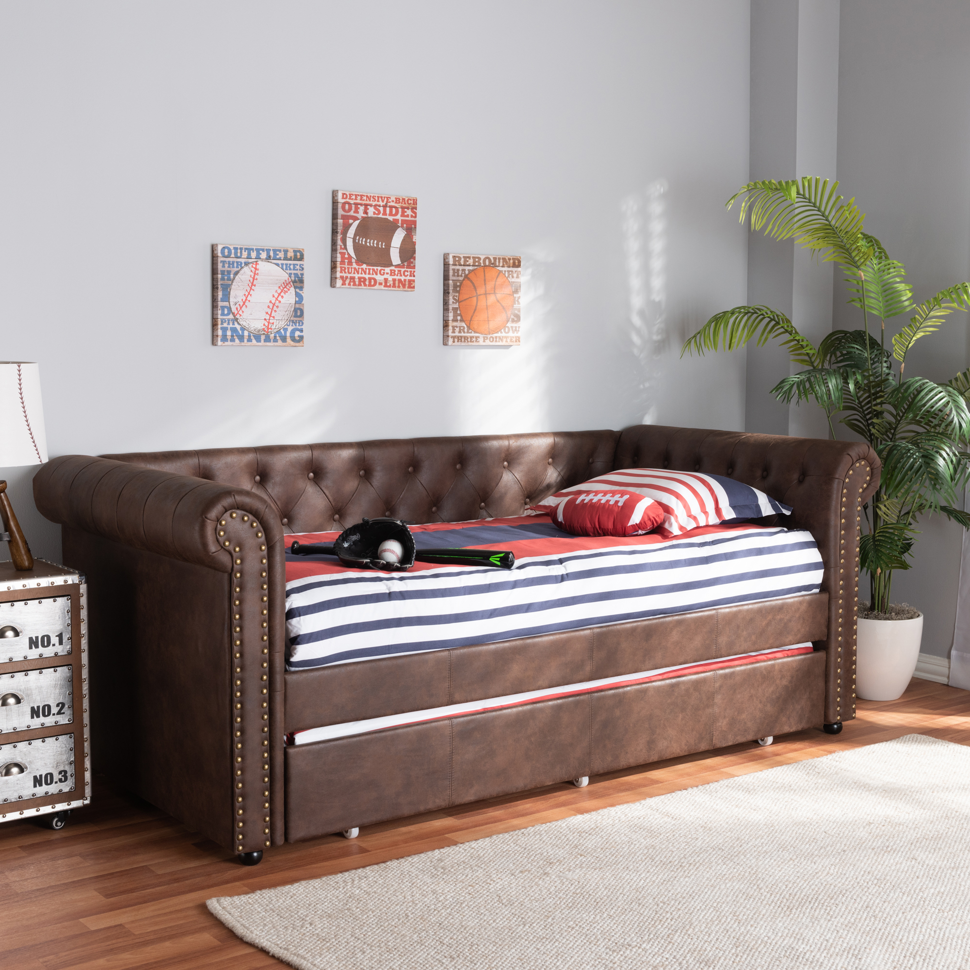 Picture of: Daybed With Trundle Roll Twin Size Upholstered Bed Brown Faux Leather For Sale Online Ebay